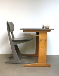chaise et bureau Casala
