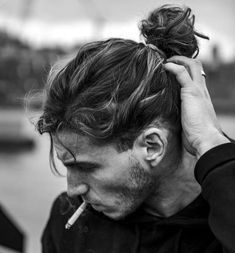 Longer hair for men has become mainstream and with it came the man bun. What is a man bun? Well, it's a cool alternative to the ponytail for pulling long hair up and back. A bun it