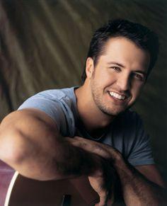 Luke Bryan..... i love his smile