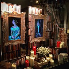 Vitrine Noël 2015 / Christmas window - wallpaper, frames, curtain #koziel ; Fake Candles #smartcandlefrance
