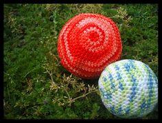 Simple Crochet Ball DIY