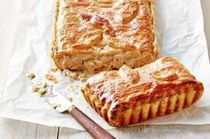 Chicken, leek and sour cream pie recipe: Barbecue chicken is convenient, plus the roasted flavour makes for a rich pie. Chicken And Leek Pie, Roast Chicken, Rotisserie Chicken, Savory Pastry, Savoury Pies, Cream Pie Recipes, Tray Bakes, Sour Cream, Food Processor Recipes