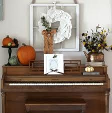 room decor The Philosophy of Interior Design: Decorating Around an Upright Piano, Pictures . The Philosophy of Interior Design: Decorating Around an Upright Piano, Pictures of Pianos in Rooms Living Room Redo, Diy Living Room Decor, Living Room Remodel, Formal Living Rooms, Home Decor, Spinet Piano, Piano Pictures, Upright Piano, Piano Room