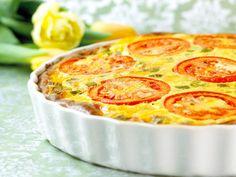 Et tynt skall med mye godt; pai, selvfølgelig. Denne oppskriften er inspirert av middelhavskjøkkenet, og har herlig fetaost og timian i seg.Kilde: Opplysningskontoret for Meieriprodukter. Foto: Aina Hole