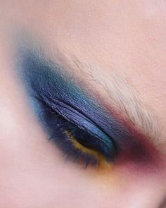 """I attempted a """"bleached brow"""" look but my brow hairs are so dark it didn't exactly end up looking as I had planned as I had to end up covering them with glue, but oh well. Using #katvondbeauty metal crush eye shadows in Danzig and paranoid 