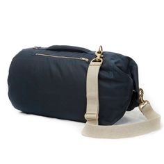 MEDIUM BLUE Looking for a cool all purpose bag with a vintage military feel? Stylish, durable and functional, Tombags British handmade, waterproof kit