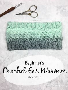 Crochet Wintermint Ear Warmer - Free One Skein Scarfie Pattern This FREE one skein (or less!) crochet pattern is a perfect, last-minute DIY gift for the holidays. Use this textured ear warmer as a stocking stuffer for teens or even sell them at your local Crochet Ear Warmer Pattern, One Skein Crochet, Crochet Headband Pattern, Mittens Pattern, Crochet Beanie, Crochet Scarves, Free Crochet, Crochet Ear Warmers, Easy Crochet Headbands