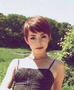 Today we have the most stylish 86 Cute Short Pixie Haircuts. We claim that you have never seen such elegant and eye-catching short hairstyles before. Pixie haircut, of course, offers a lot of options for the hair of the ladies'… Continue Reading → Pixie Cut With Bangs, Short Hair Cuts, Short Bangs, Girls Pixie Cut, Growing Out Pixie Cut, Pixie Haircut For Round Faces, Cute Pixie Cuts, Bob Bangs, Medium Hair Styles
