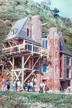 Logan House, Ian Athfield, Eastbourne, NZ, 1974.