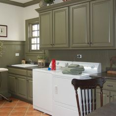 Doreen Schweitzer Interiors, Ltd. The beadboard is painted Benjamin Moore color HC109. The cabinets were custom colored to match and are also glazed in an umber stain.