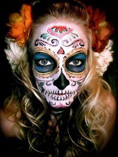 I do love the inverted heart!! Dia de los muertos