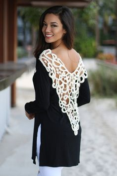 Stylish Scoop Neck Long Sleeve Side Slit Hollow Out Women's T-Shirt