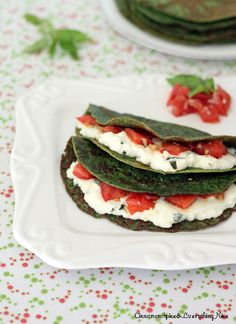 Low Carb Recipes - Spinach Crepes w/ Ricotta, Tomatoes & basil