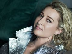 Asher Keddie Reveals The Moment She Knew Her Husband Was The One Modern Landscaping, Backyard Landscaping, Backyard Pergola, Gardening For Beginners, Gardening Tips, Garden Nook, Cheap Plants, Leaf Photography, Vanilla Recipes