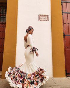 Mexican Fashion, Spanish Fashion, Adriana Miranda, Flamenco Wedding, Prom Dresses, Formal Dresses, Wedding Dresses, Dance Dresses, Spanish Dress