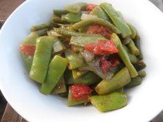 Italian Flat Beans with Fresh Tomatoes   The Levantess #vegetarian #vegan #MeatlessMonday