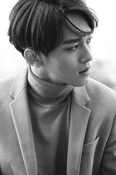 EXO are continuing their streak of mysterious teaser videos with Chen in Almaty, Kazakhstan! Chen is the latest member to be revealed in th… Exo Chen, Baekhyun Chanyeol, K Pop, Exo Teaser, Kim Jong Dae, Kim Minseok, Exo Members, 2ne1, K Idols