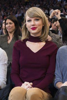 Taylor Swift Sits Next to Kate Upton & Amanda Seyfried at Knicks Game!
