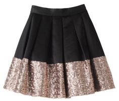holiday black and gold skirt, holiday wear! Fall Fashion Trends, Autumn Fashion, Look Fashion, Fashion Beauty, Gold Skirt, Sparkly Skirt, Sequined Skirt, Looks Style, My Style