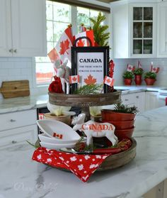 Dining Delight: Tiered Tray with Beach Decor & More Tray Ideas Summer Centerpieces, Centerpiece Decorations, Canada Day Crafts, Canada Day Party, Canada Holiday, Seasonal Decor, Holiday Decor, Tiered Stand, Updated Kitchen