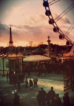 Paris, Jardin des Tuileries. All our luxury villas and flats to rent in Paris on www.lecollectionist.com