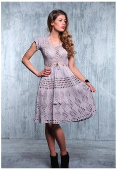 This is an absolutely charming dress! really simple shirt pattern and lovely, lovely girly skirt. Crochet Skirts, Crochet Clothes, Clothing Patterns, Dress Patterns, Knit Dress, Dress Skirt, Beautiful Dresses, Nice Dresses, Lilac Dress