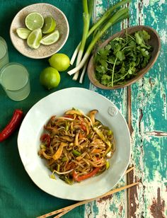 Singapore vegetable noodles