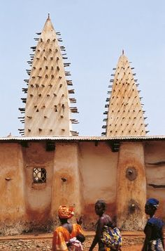 "Burkina Faso .................... #GlobeTripper® | https://www.globe-tripper.com | ""Home-made Hospitality"" 