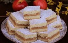 Desert de Casa va prezinta o varietate de retete culinare pentru deserturi si dulciuri de casa pe care le puteti gati usor si rapid. Romanian Desserts, Romanian Food, Cake Recipes, Dessert Recipes, Happy Vegan, Vegan Sweets, Appetizers For Party, Bakery, Sweet Treats