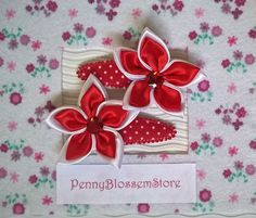 Handmade set kanzashi flower hair clips by PennyBlossemStore. Hairpin, Hairclip, haarspeldje, pennyblossemstore, etsy.