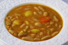 Receta fácil y rápida para preparar unas judías blancas con verduras deliciosas con pocas calorías, que te ayude a bajar de peso llevando una dieta sana.