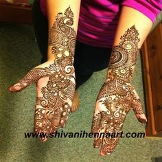 For the booking questions, please email us on ✉️shivanihennaart@gmail.com… Front Mehndi Design, Beautiful Mehndi Design, Indian Henna, Henna Mehndi, Arabic Henna, Mehendi, Palm Henna Designs, Arabic Mehndi Designs, Mehndi Design Pictures