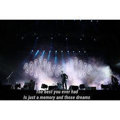 hugmedragon/2016/10/22 23:01:23/how are you?✨ song: fluorescent adolescent, Arctic Monkeys ● ● ● #arcticmonkeys #am #music #bands #suckitandsee #rumine #brickbybrick #jamiecook #nickomalley #matthelders #alexturner #arabella #whateverpeoplesayiamthatswhatimnot #favouriteworstnightmare