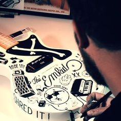 The #ChuckTaylor of @emkid_ inspired French artist @mcbess to create a unique custom-designed guitar!