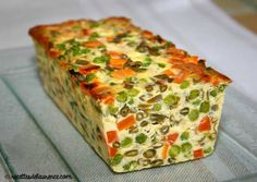 It's springtime: here's the recipe for a vegetable terrine! - Quick and Easy Recipes Egg Recipes, Snack Recipes, Dessert Recipes, Cooking Recipes, Healthy Crockpot Recipes, Healthy Breakfast Recipes, Low Calorie Snacks, My Best Recipe, Quiches