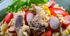 A spicy and delicious rice and tuna salad, with sweet corn, radishes, tomatoes and pickles, very refreshing in Summer, as well as a healthy and low calorie dish! Pasta salad vs rice salad? Without hesitation, I choose rice salad. First of all, rice is a cereal, it's lighter in calories, it's good for your health and it has more crunch. I like to make my rice salad very spicy and flavorful, with mustard, lots of herbs and pepper. Make this salad your own, add more of this or leave that out…