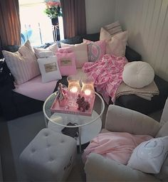 #interior4all #interior4you #interior125 #interior123 #eleganceroom #inspire_me_home_decor #finahem #pink #girly #girlsroom #girlsroom #roomforgirl #roomforinspo #roomforinspiration #chanel