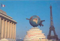1989 La Tour Eiffel a 100 ans by eclectic gipsyland, via Flickr
