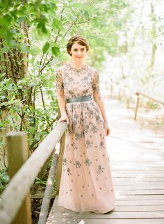 biyan-grace-blush-grey-bridal-dress-pastures-of-plenty-colorado-wedding-9