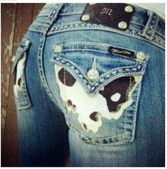 I want a pair of Miss Me jeans so bad! But they're so expensive. These are absolutely adorable though!