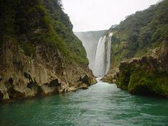 Cascada de Tamul, San Luis Potosi, Mexico