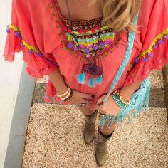 Sunday night ❤️❤️ wearing tunic with crochet bag Boho Chic, Hippie Chic, Coral, Moda Boho, Ibiza Fashion, Boho Girl, Peasant Tops, Style Me, Boho Style