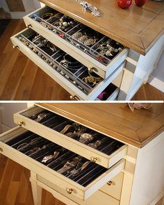 Des séparateurs de tiroirs spécifiques...