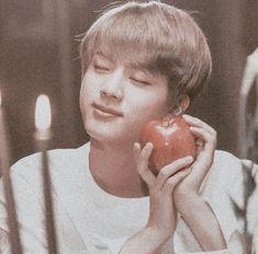 What a masterpiece 💜 Seokjin, Hoseok, Bts Jin, Bts Bangtan Boy, Jhope, K Pop, Namjin, Jikook, Fanfiction