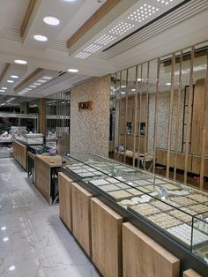 Jewelry Store Design, Jewelry Shop, Jewelry Stores, Shop Interiors, Office Interiors, Shop Counter Design, Architecture Building Design, Jewellery Showroom, Reception Desks