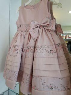 Little Dresses, Little Girl Dresses, Cute Dresses, Girls Dresses, Toddler Dress, Toddler Outfits, Kids Outfits, Baby Dress Patterns, Cute Little Girls