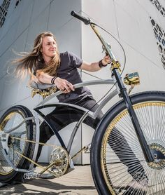 This is Adam! Adam's got gold! Where's Yours? For Your own golden piece contact him adam@madbicycles.com #gotgold #gold #ape #apehanger #custom #custombike #goldchain #chain #bikeporn #blonde #madbicycles