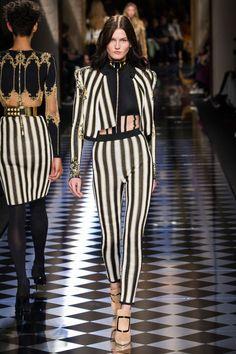 Pin for Later: Les 9 Plus Grandes Tendances Sorties de la Fashion Week de Paris  Balmain