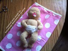 mijn babypopje (ong 22 cm) en natuurlijk het patroon staat op mijn blog hou a.u.b de regels in de gaten het patroon niet delen of verkopen maar verwijzen naar mijn blog