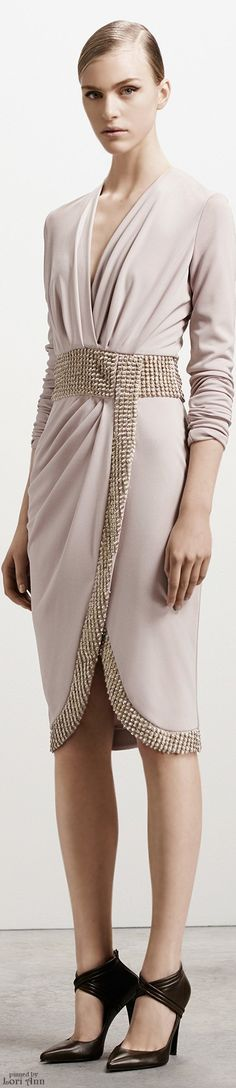 Altuzarra Pre-Fall 2015 Fashion Show - Hedvig Palm London Fashion Weeks, Runway Fashion, Fashion Show, Fashion Design, Trend Council, Vogue, Glamour, Look Chic, Ready To Wear